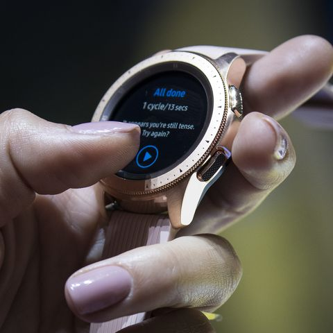 Claim A Free Samsung Galaxy Watch With This S10 Contract Deal