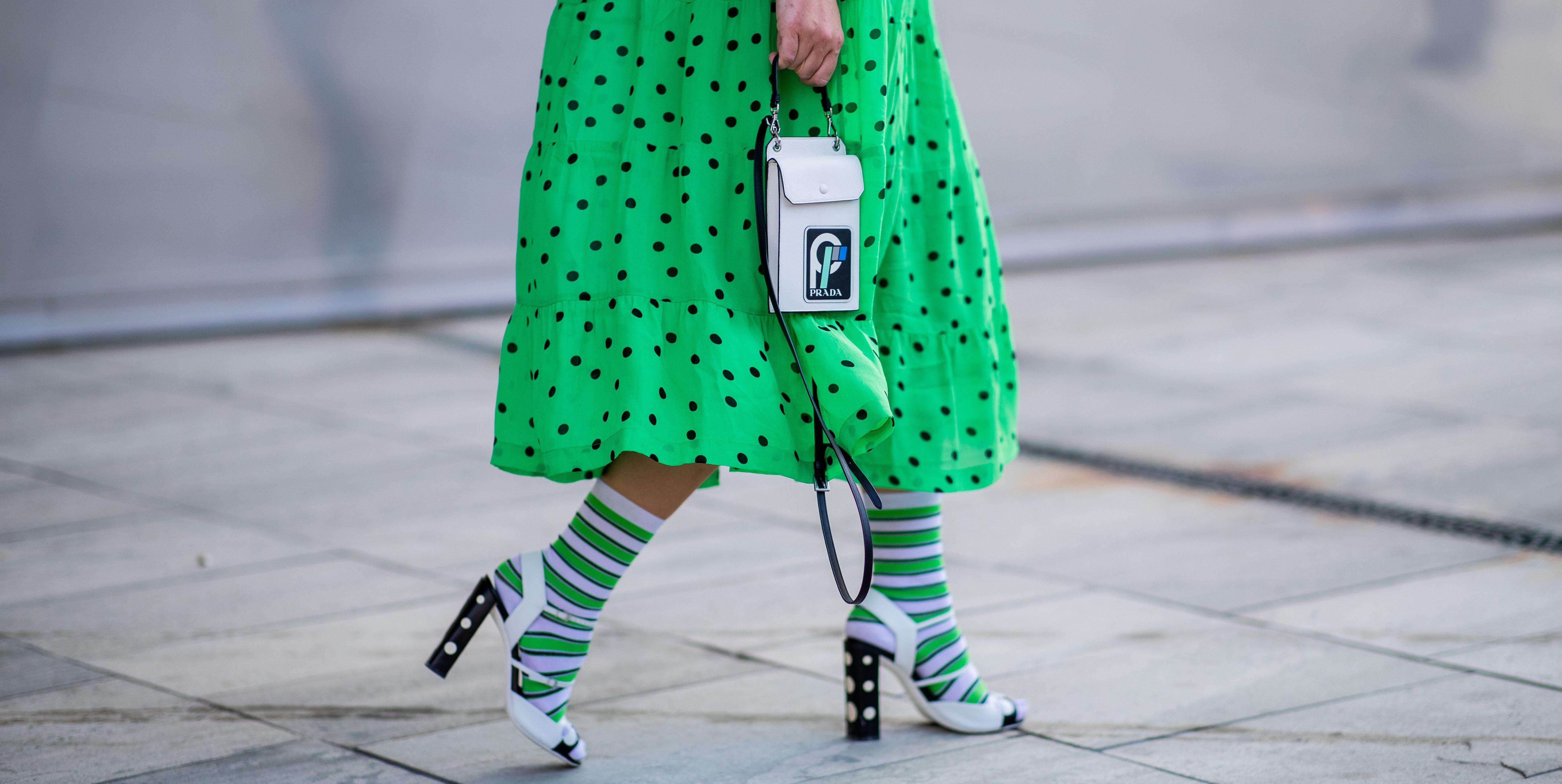 Svelate (poco velate) le calze moda 2019: comfy certezza dell'Autunno Inverno