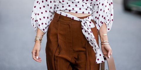 pantaloni moda 2019, moda pantaloni autunno inverno 2018 2019, pantaloni a vita alta abbinamenti