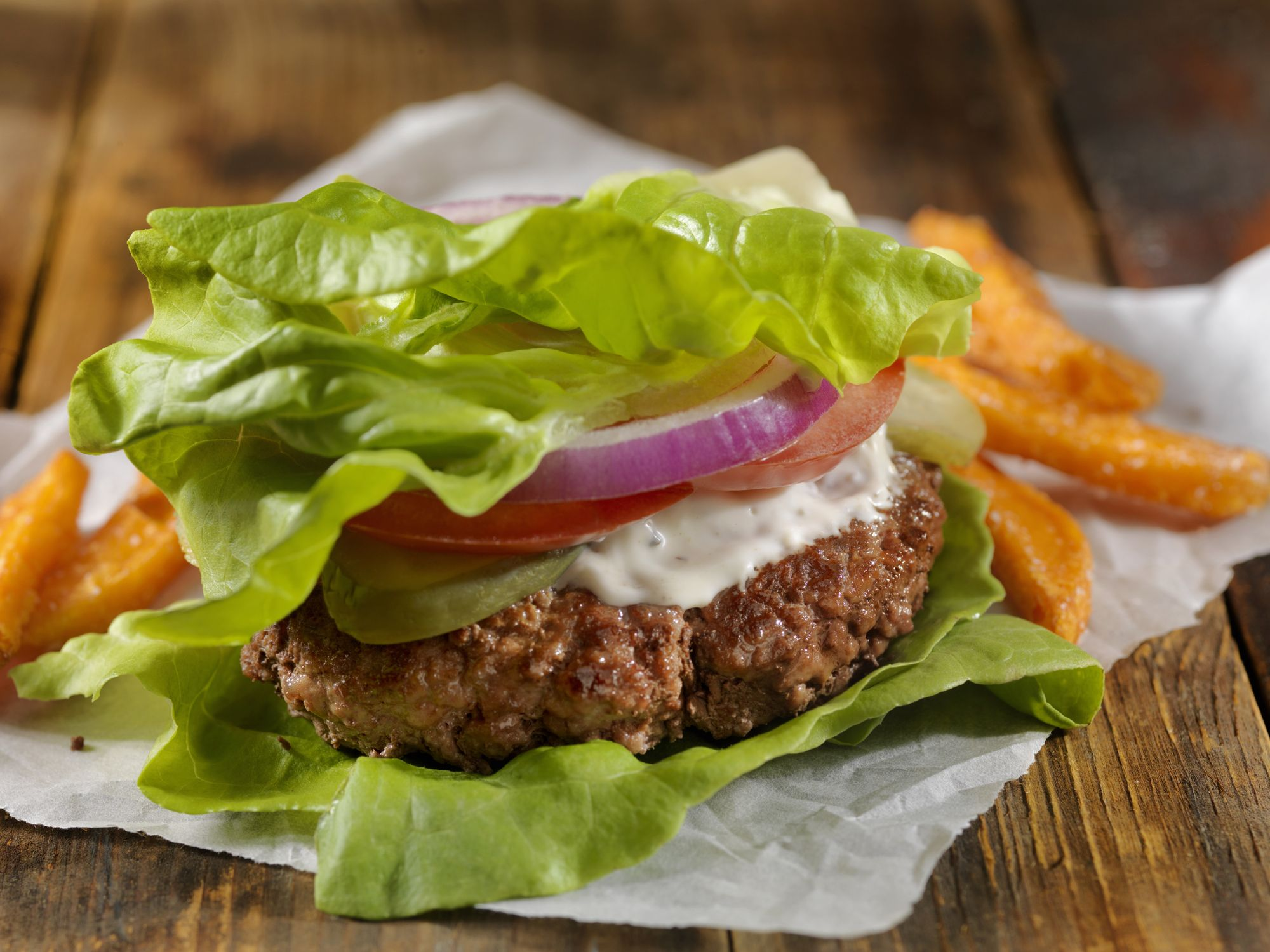 These 5 Fast Food Keto Hacks Are Dietitian-Approved