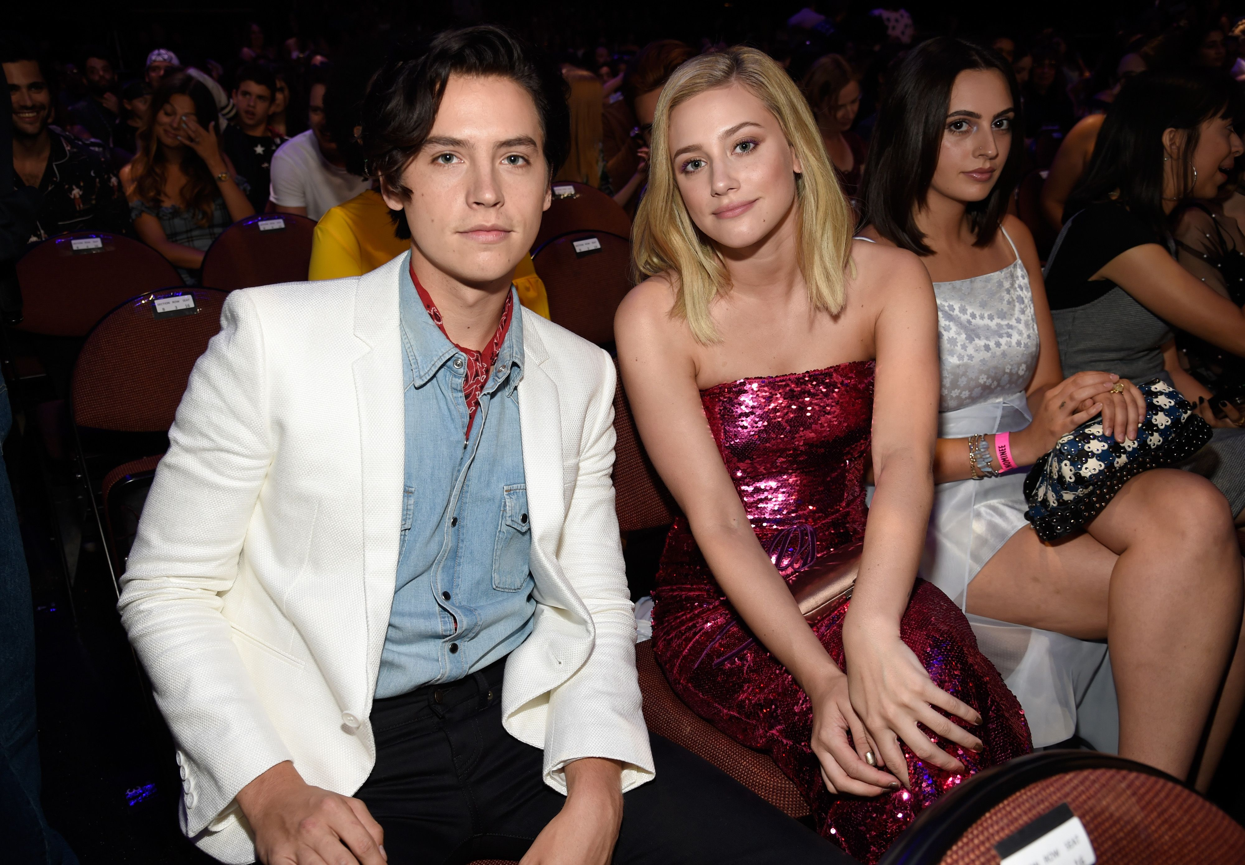 Lili Reinhart's Body Language Shows She Felt Anxious With Cole Sprouse at Comic-Con Post-Breakup