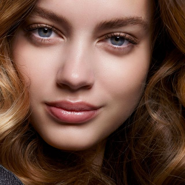 get salon results with a hair dryer brush