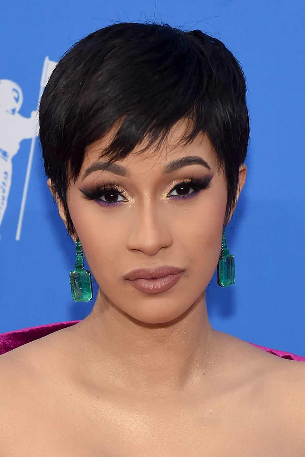 Cardi B. Long live the pixie cut Cardi B debuted at the 2018 MTV Video Music Awards. Celeb stylist Tokyo Styles is responsible for this wig, which paid homage to Halle Berry's famous '90s 'do in the best way.