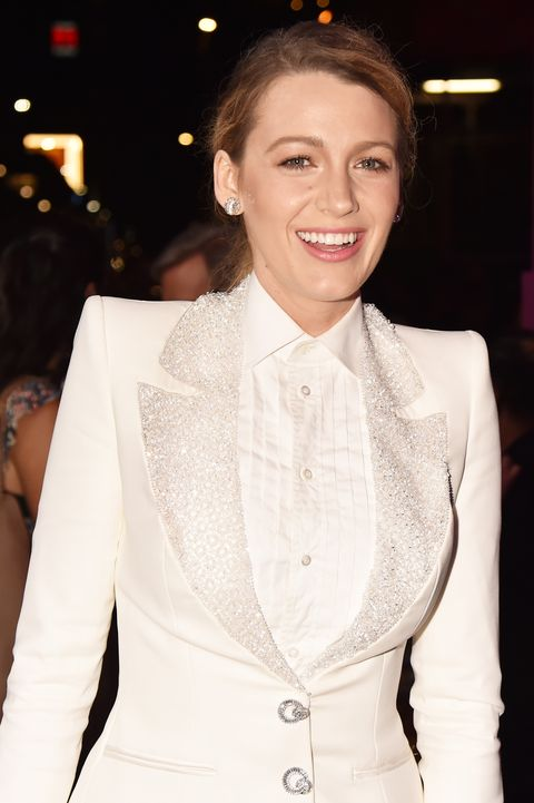 White, Clothing, Beauty, Hairstyle, Suit, Fashion, Lip, Formal wear, Outerwear, Blazer,