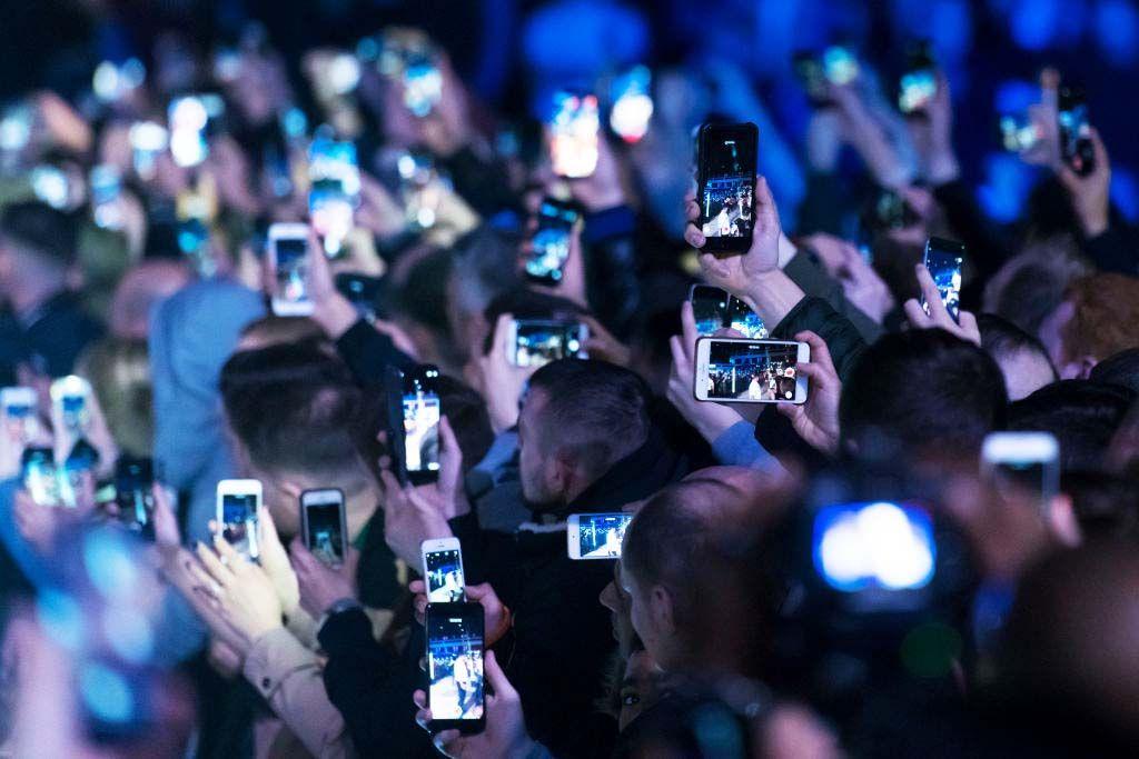 Perché non dovresti MAI inviare video su WhatsApp