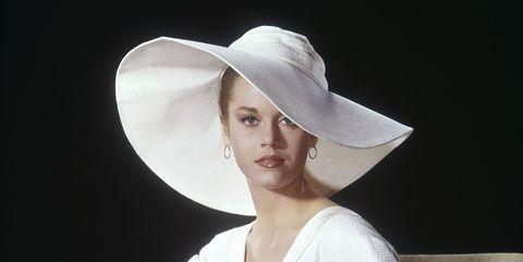 White, Hat, Beauty, Headgear, Sun hat, Photography, Fashion accessory, Photo shoot, Sitting, Model,