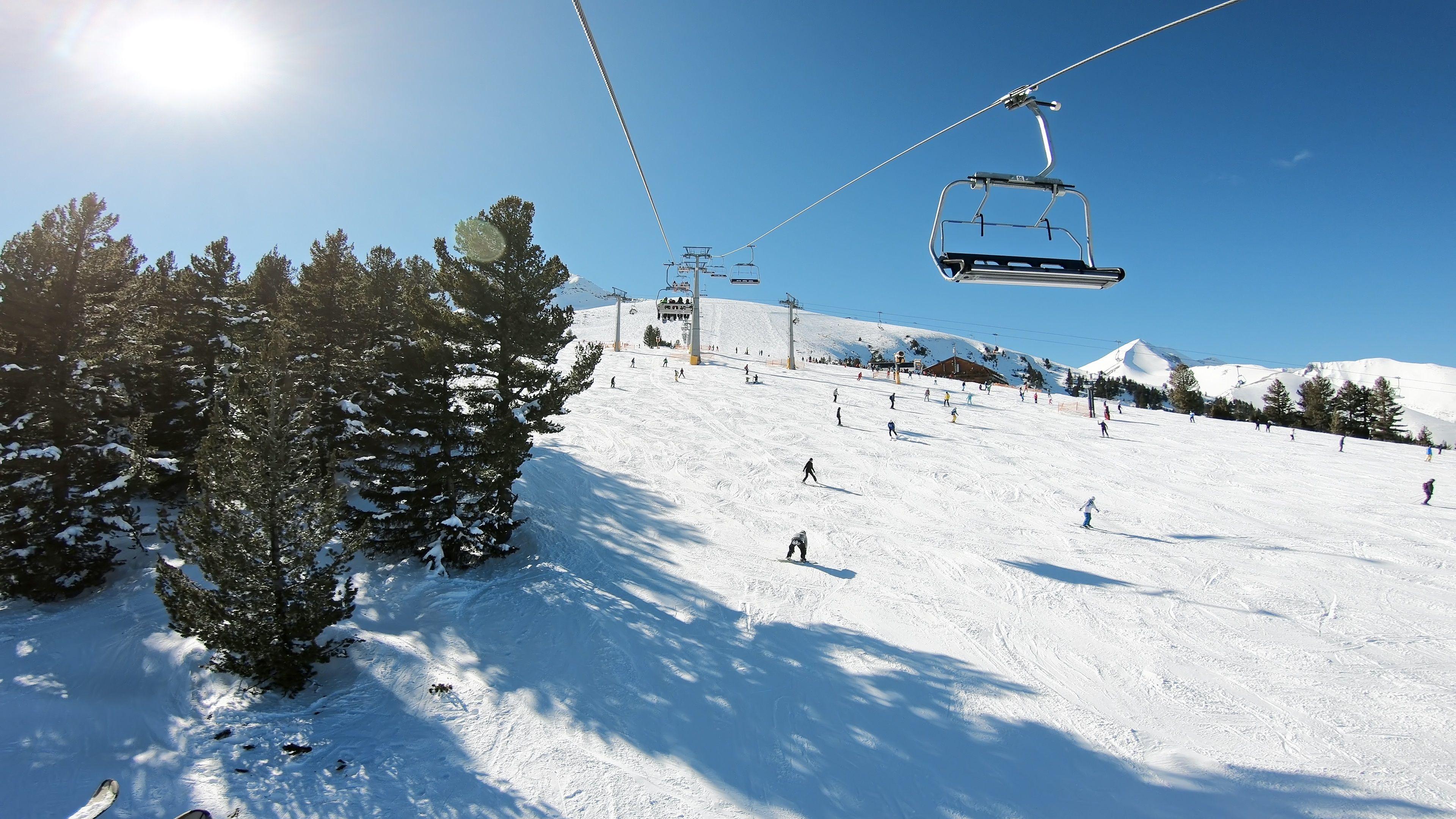 Ecco il posto più economico (ma bellissimo) per sciare quest'inverno