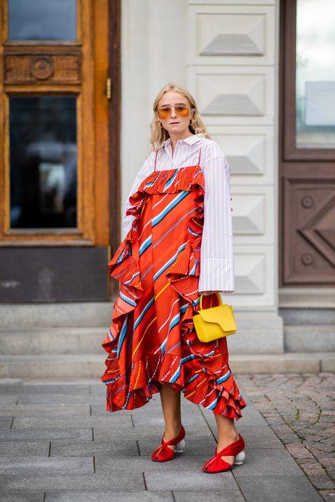 stripe shirt street style