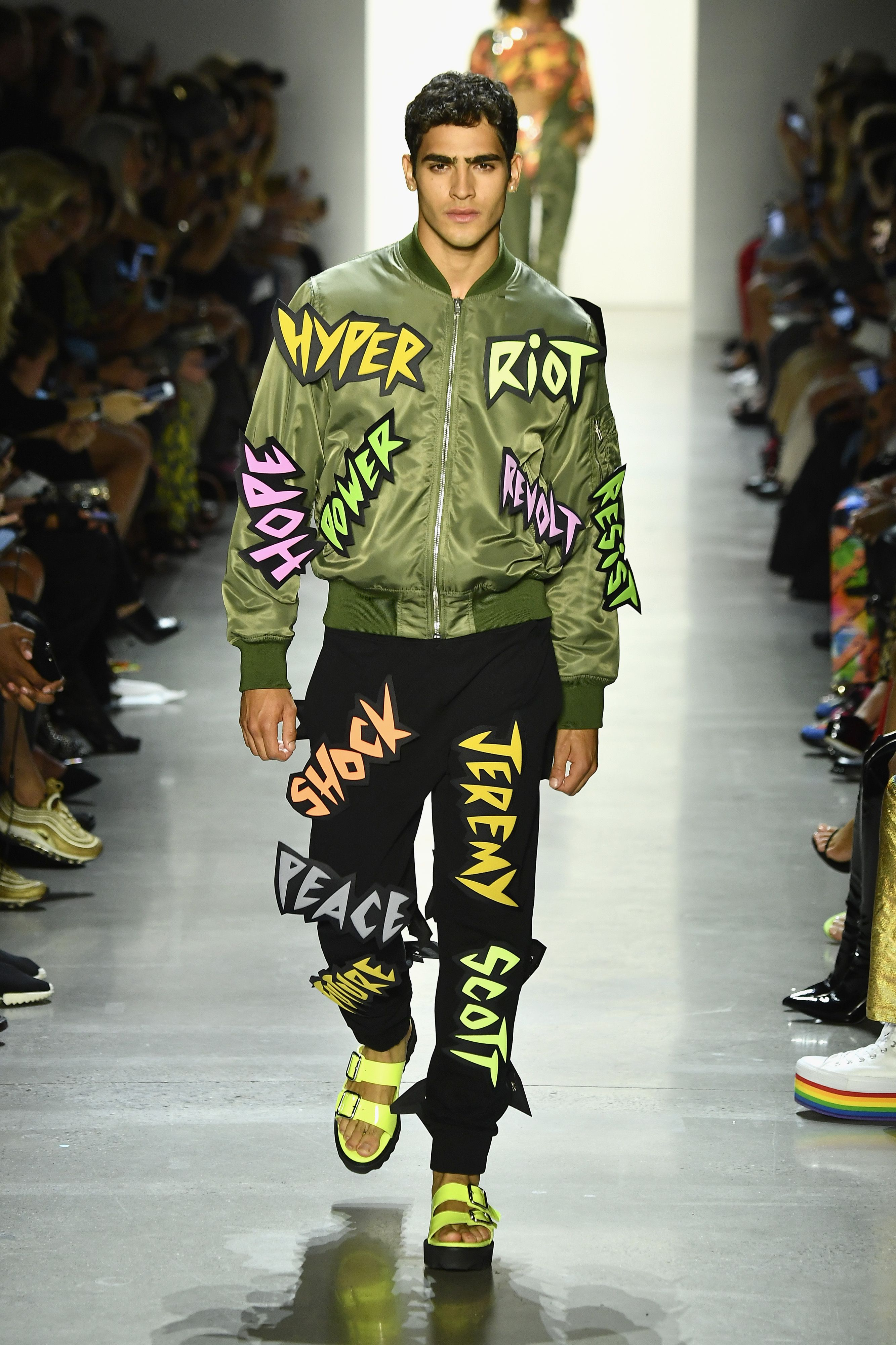 promo code fefce 3a053 Jeremy Scott Runway Photos Spring Summer 2019- See Every Look from Jeremy  Scott Spring Summer 2019