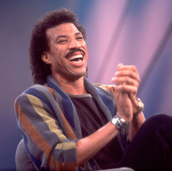 1990: Lionel Richie Richie's famous mustache was not just an act. It defined his whole style throughout his music career and has become part of his trademark look.