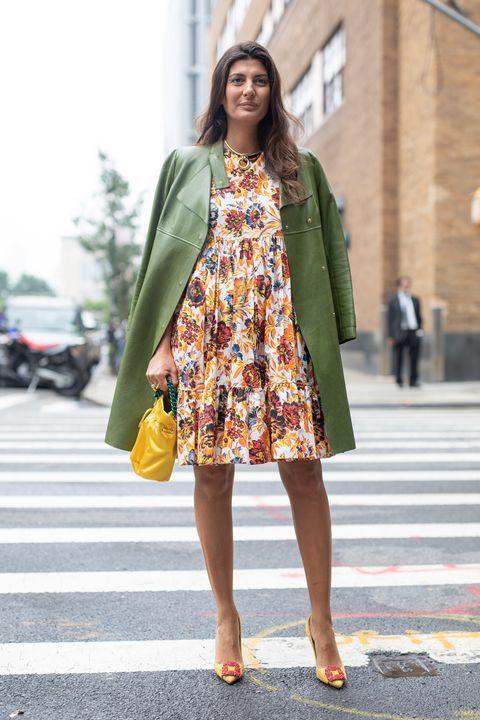 Clothing, Street fashion, Yellow, Fashion, Green, Dress, Outerwear, Snapshot, Fashion model, Brown,