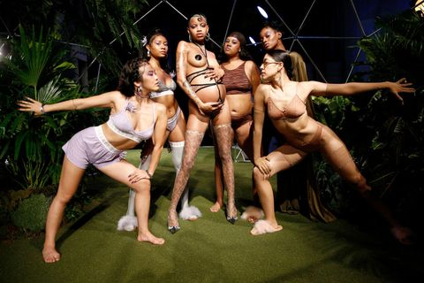 6a9d01833f3c7 Rihanna Recruited A Body Positivity Girl Gang Of Water Nymphs For ...