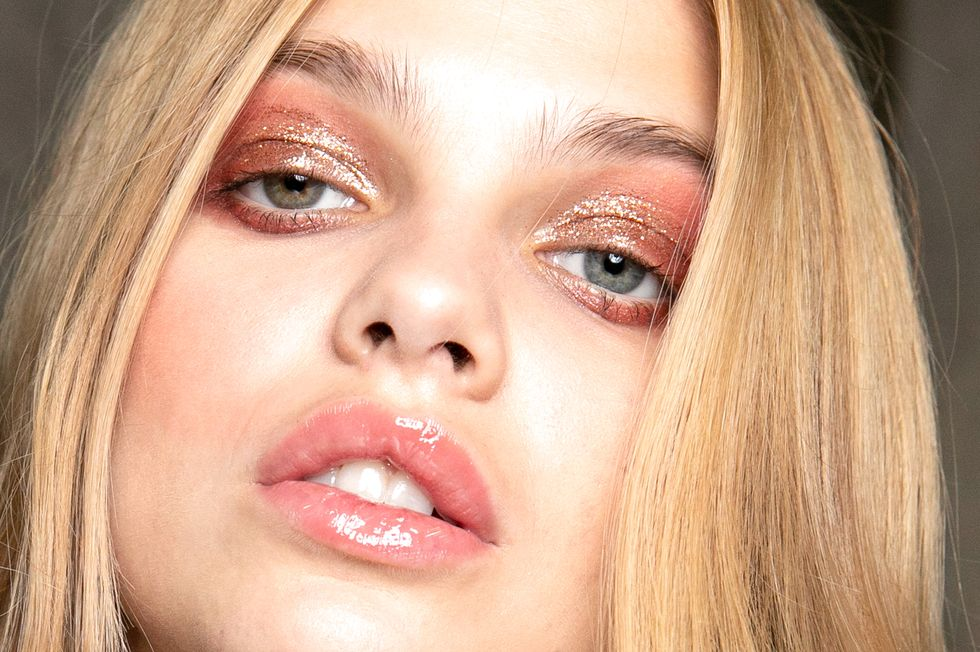 "What You Need to Know About Lip Blushing, a ""Tattoo"" for Fuller Lips"