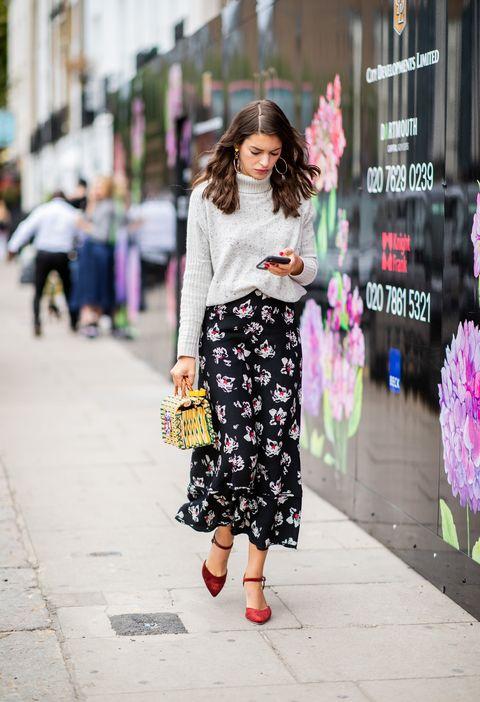 Clothing, Street fashion, Photograph, Pink, White, Fashion, Shoulder, Snapshot, Beauty, Footwear,