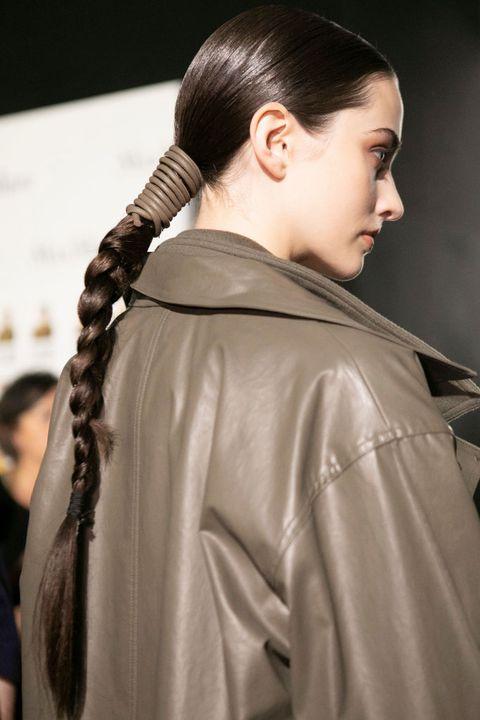 Hair, Hairstyle, Long hair, Fashion, Outerwear, Braid, Black hair, Fashion design, Hair coloring, Chignon,