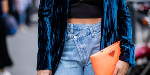 mom jeans style - jeans style trends