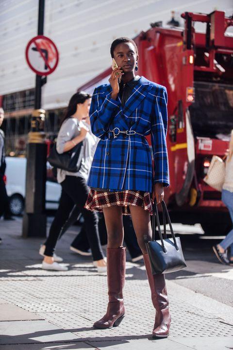 Photograph, Plaid, Street fashion, Clothing, Fashion, Red, Tartan, Pattern, Snapshot, Design,