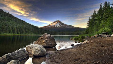 Sunset at Trillium Lake with Mount Hood