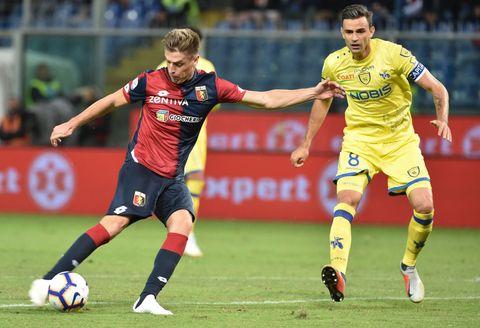 Player, Soccer, Sports, Soccer player, Sports equipment, Football player, Team sport, Ball game, Sport venue, Football,
