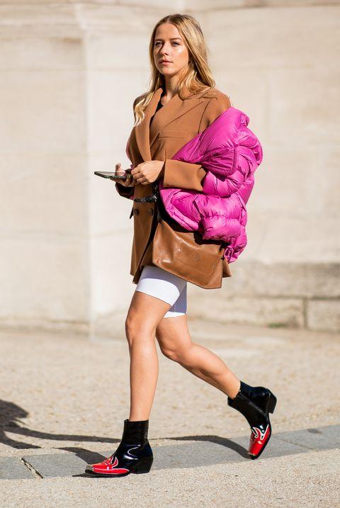 Pink, Street fashion, Photograph, Shoulder, Clothing, Fashion, Beauty, Footwear, Dress, Magenta,