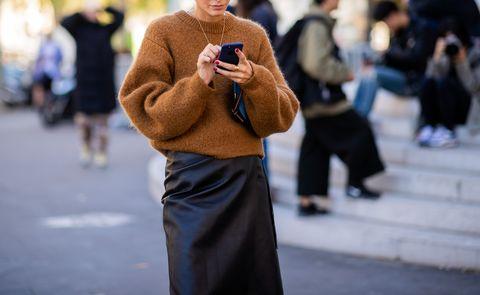 Street Style : Paris Fashion Week Womenswear Spring/Summer 2019 : Day Three