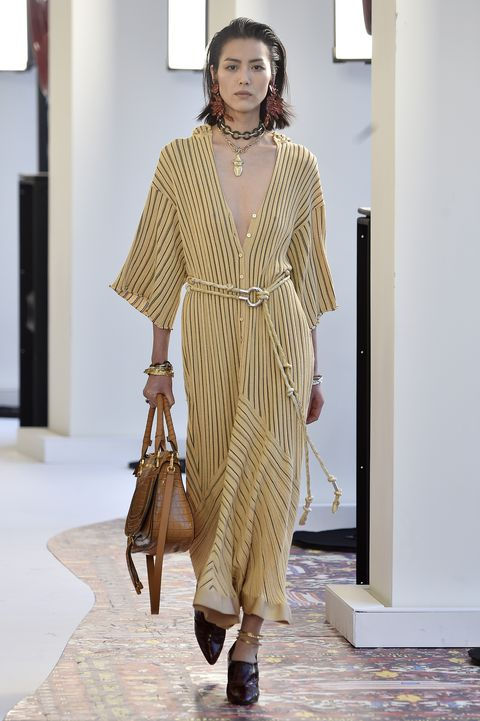 Chloe : Runway - Paris Fashion Week Womenswear Spring/Summer 2019