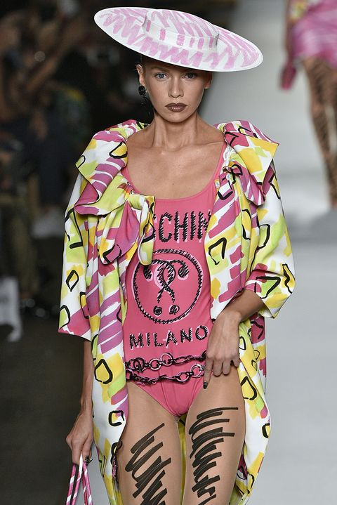 899cf36f Panic On The Catwalk As Jeremy Scott 'Fails' To Finish His SS19 ...