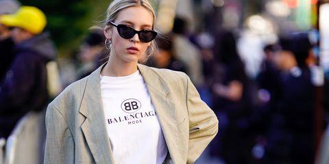 97d4d9cebc79 Come vestirsi come una parigina  12 best look minimal chic