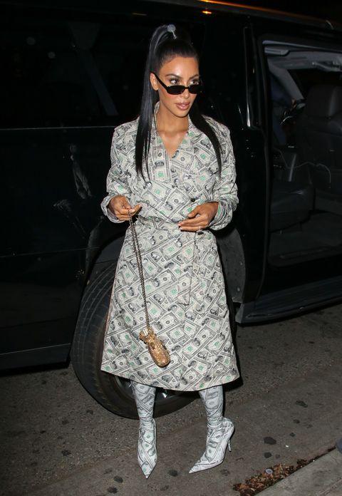 Clothing, Eyewear, Sunglasses, Fashion, Street fashion, Footwear, Outerwear, Boot, Dress, Leg,