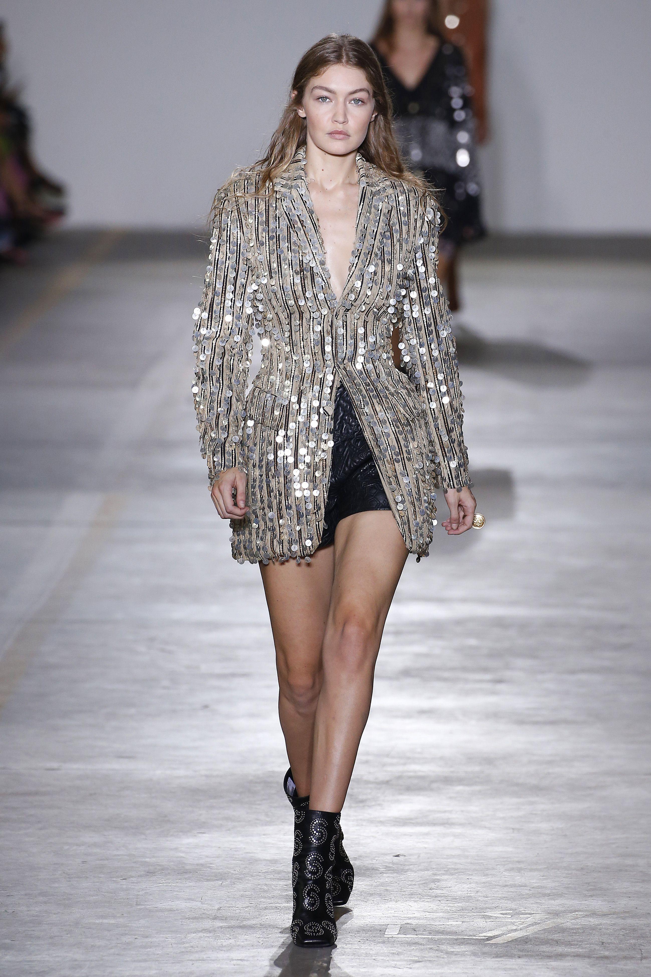 Gigi Hadid, roberto CAvalli show