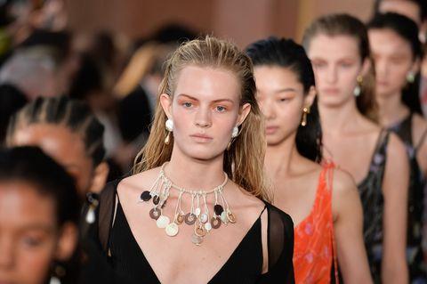 Fashion, Fashion model, Event, Runway, Fashion show, Haute couture, Fashion design, Fashion accessory, Jewellery, Model,