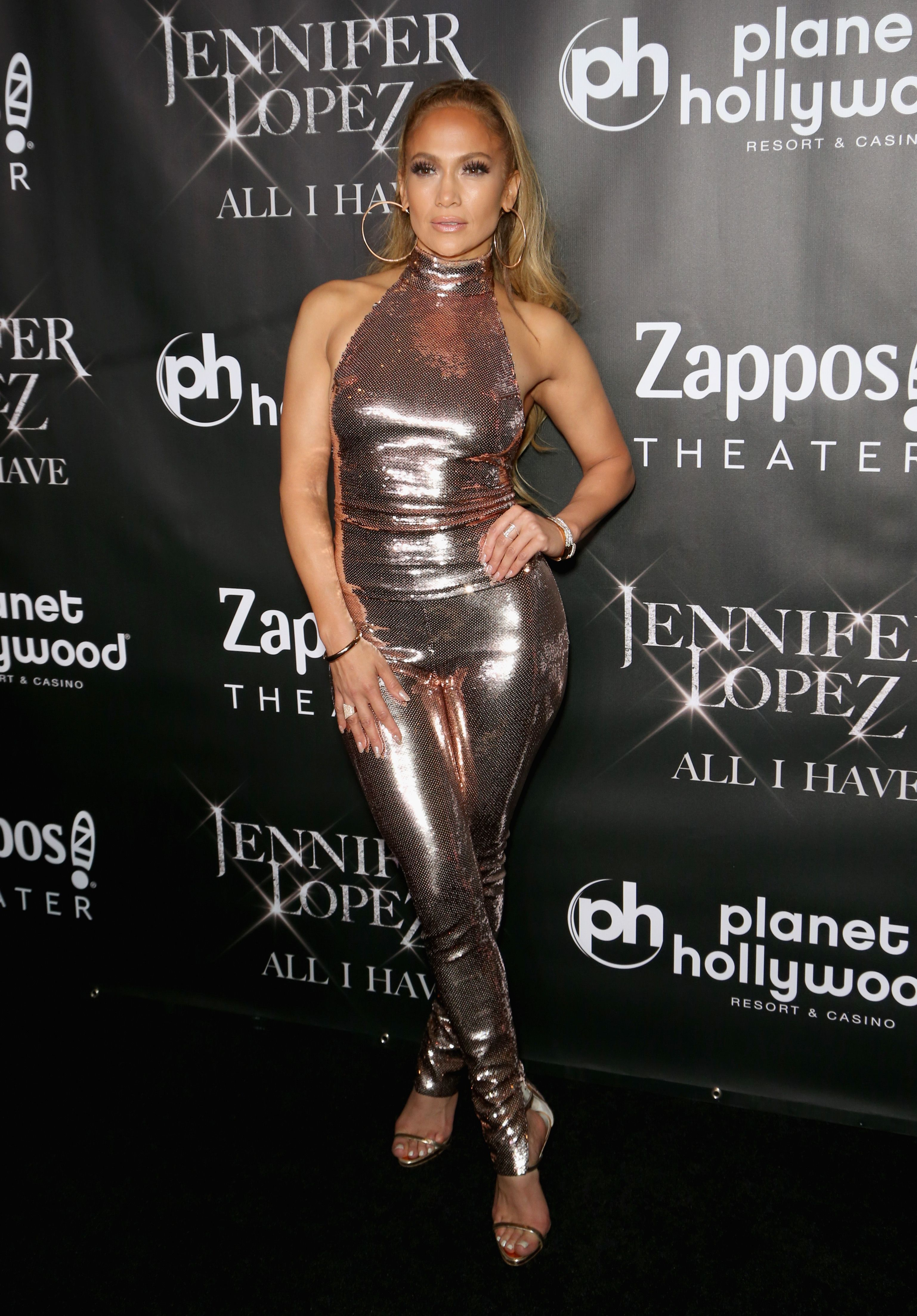 77a3dc2600f J. Lo s Most Perfect Fashion Moments - Best Jennifer Lopez Outfits From 2018