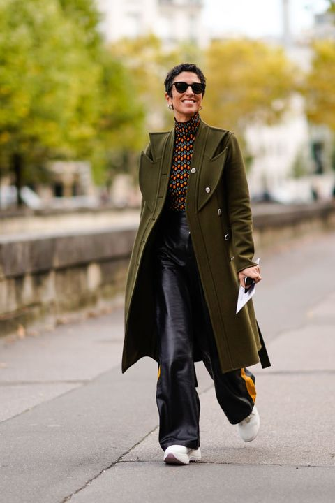 Clothing, Street fashion, Coat, Fashion, Outerwear, Overcoat, Trench coat, Snapshot, Footwear, Costume,