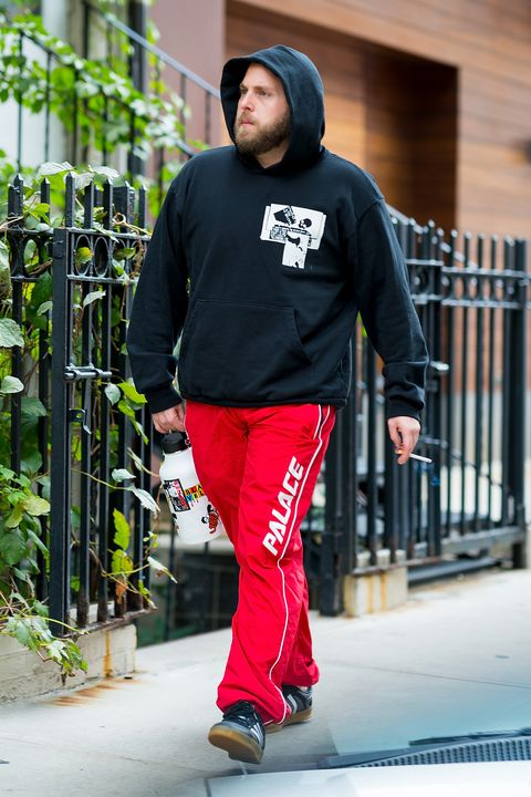 e63992f2baf Jonah Hill Has a Perfect Approach to Street Style