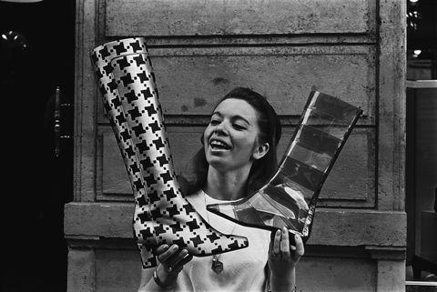 Black, White, Photograph, Black-and-white, Monochrome, Snapshot, Monochrome photography, Photography, Cool, Smile,