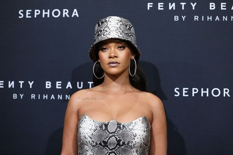 910aed6c20c66 Rihanna Starting Clothing Line With LVMH - New Celebrity Fashion Brand