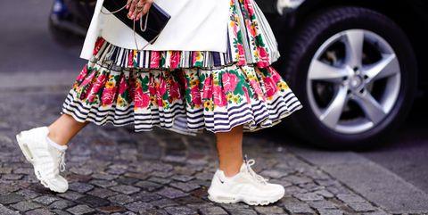Street fashion, White, Clothing, Fashion, Pink, Footwear, Snapshot, Leg, Shoe, Tartan,