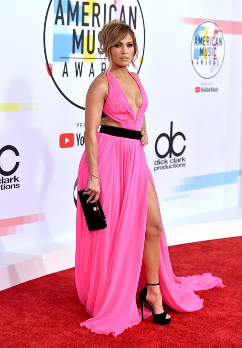 Red carpet, Carpet, Clothing, Dress, Shoulder, Pink, Flooring, Fashion, Premiere, Magenta,