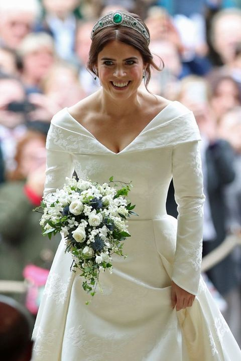 Petal, Sleeve, Photograph, Bridal clothing, White, Happy, Dress, Bouquet, Flower, Facial expression,