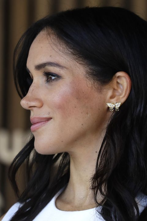 meghan markle princess diana earrings