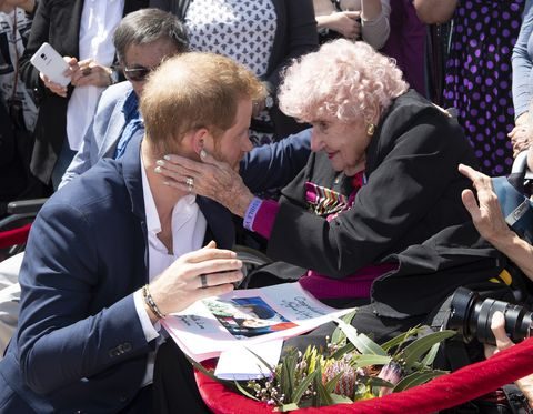 Devastating news for Prince Harry as his longtime friend dies