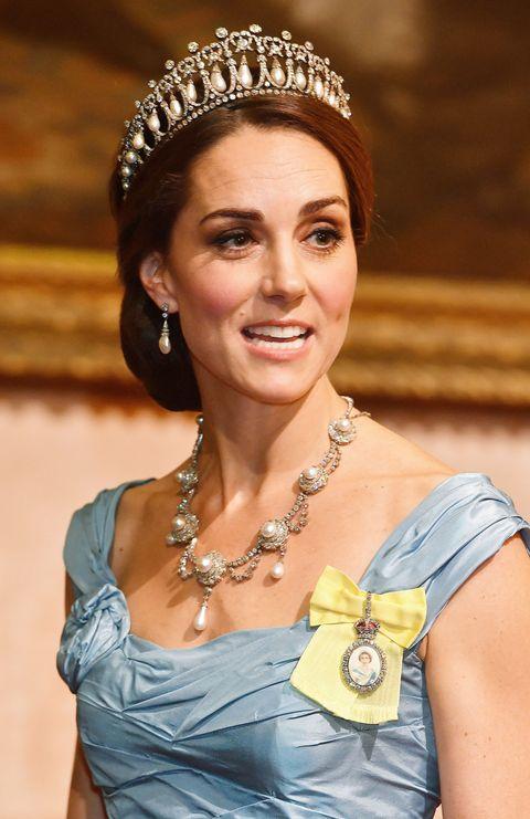 Kate Middleton wore Princess Diana's tiara and a Cinderella-esque dress