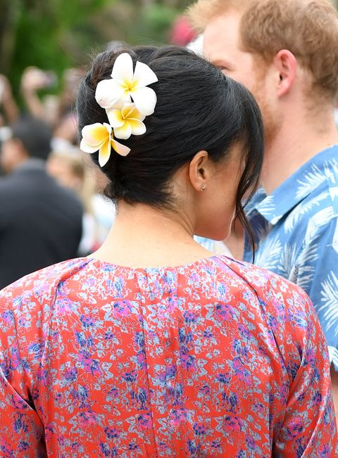 Meghan Markle Flowers Hair