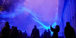 'Waterlicht' Art Installation Opens in Rotterdam