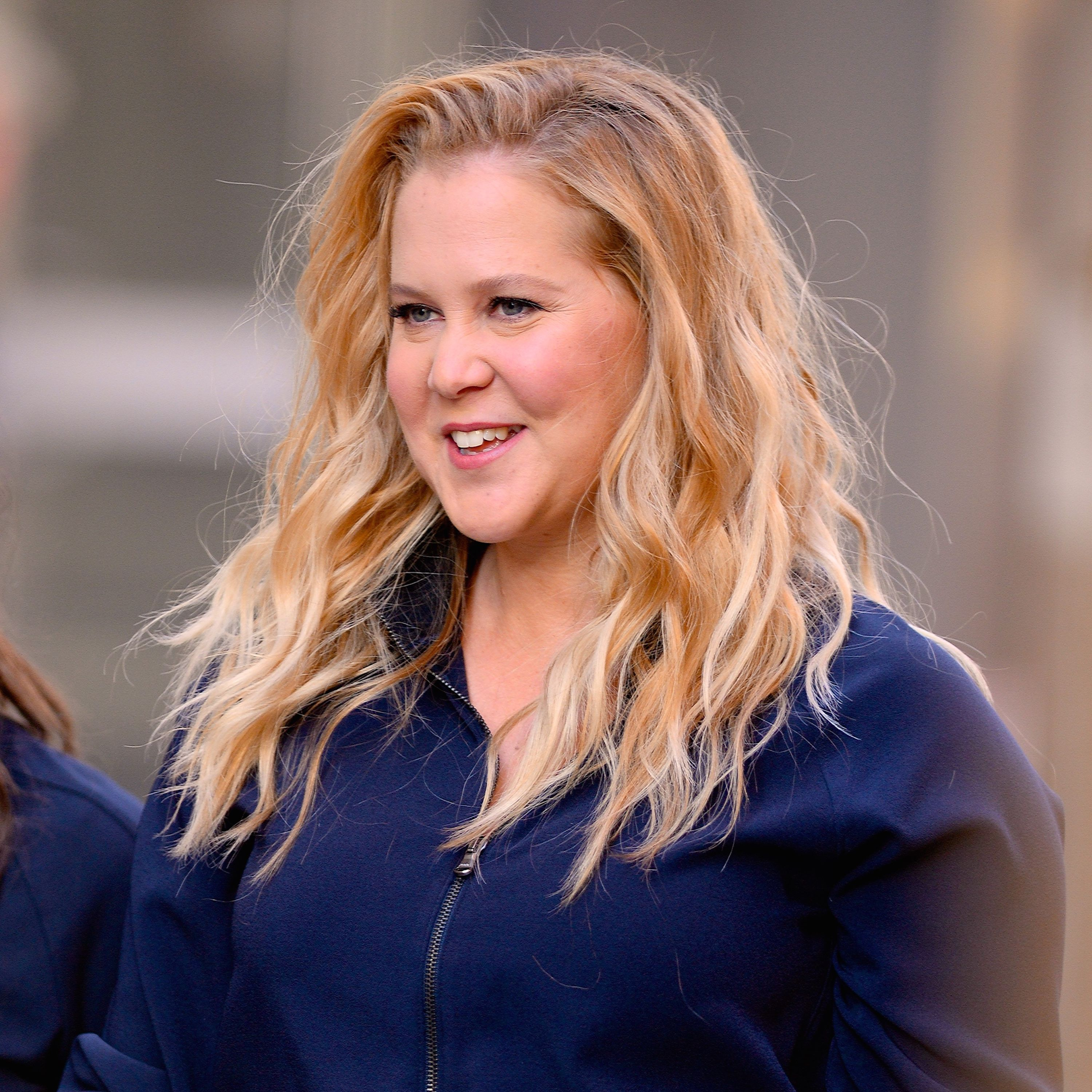 """Amy Schumer Fucked amy schumer praisedceleb moms for """"real"""" postpartum photo"""