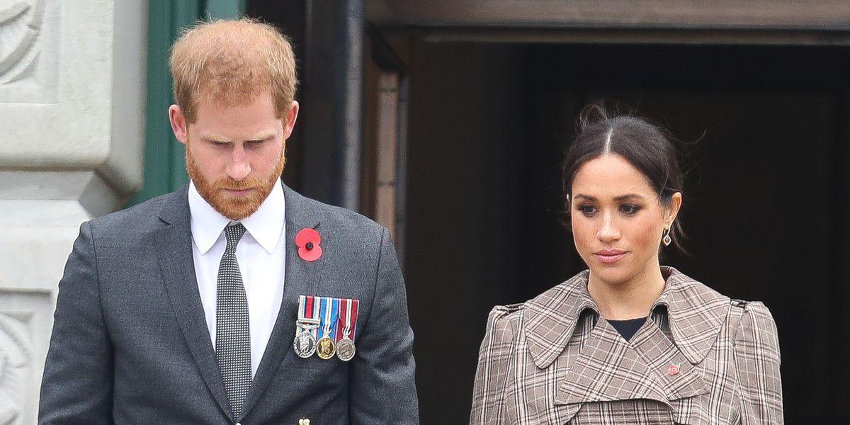 Принц Гарри и Меган Маркл рассказали королевской семье о своем выкидышах до того, как было опубликовано ее рецензирование