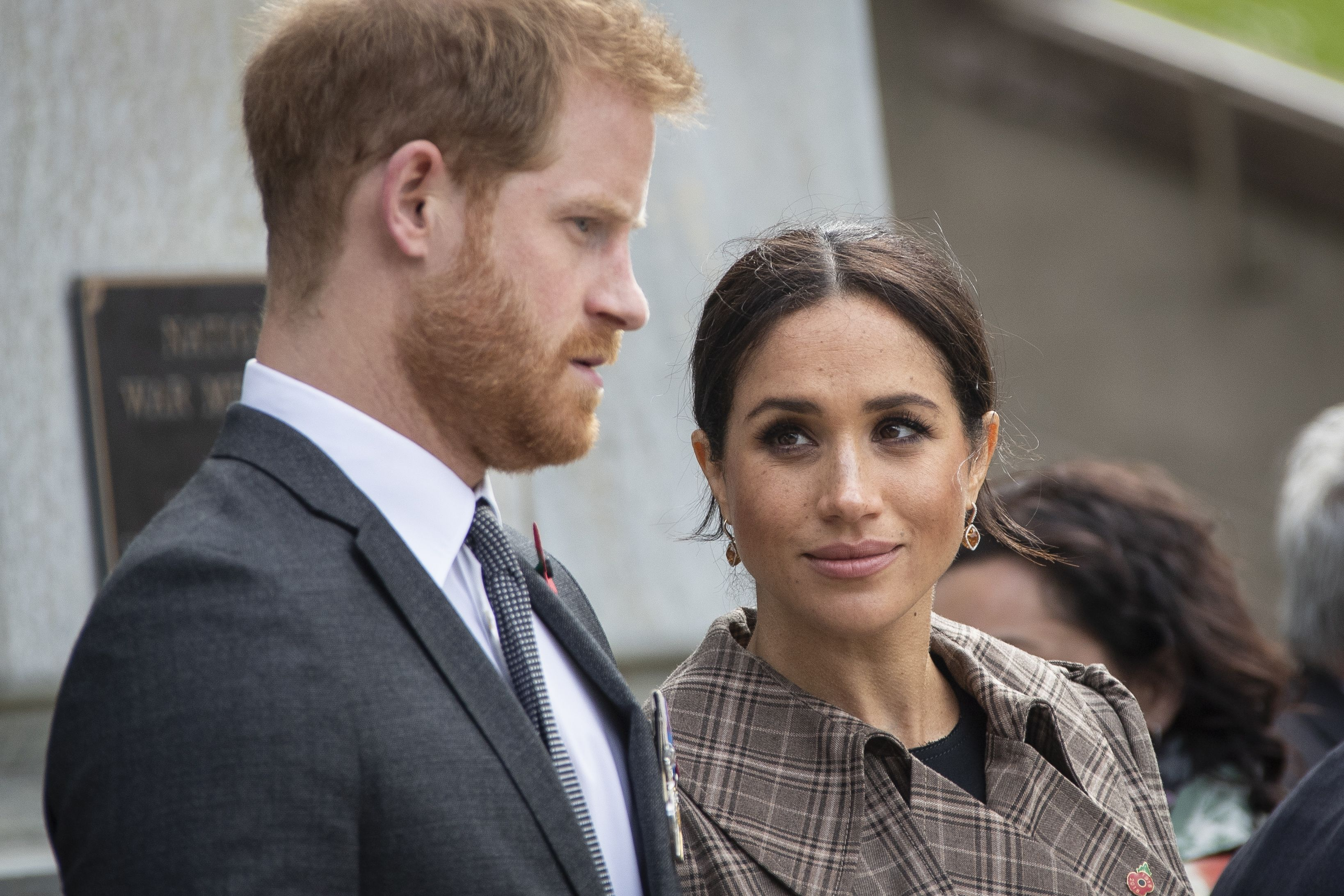 prince harry discussed meghan markle s miscarriage with william charles and the queen cosmopolitan