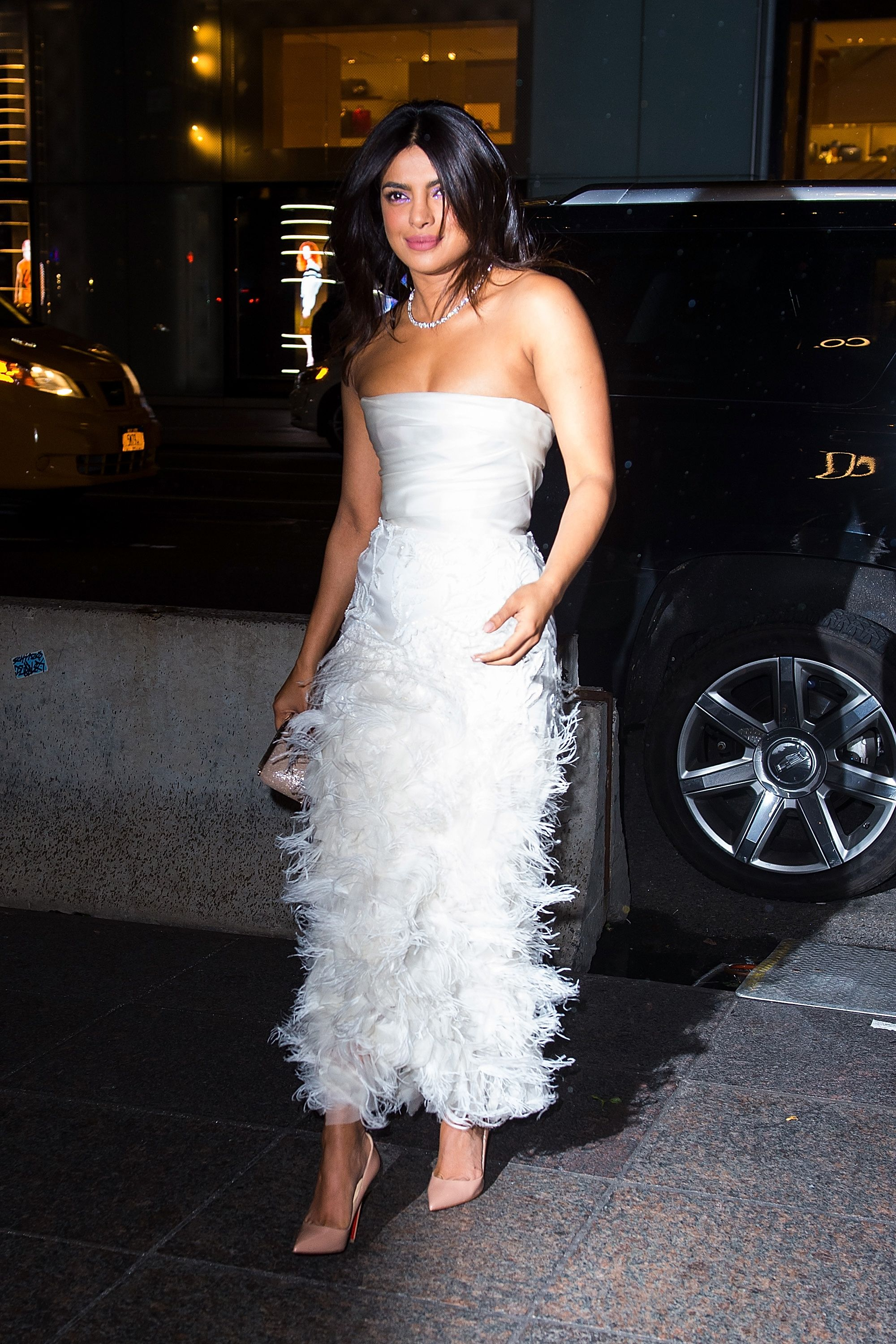 picture Priyanka Chopra supports Georgina Chapman in Marchesa bridal gown: Its not her fault