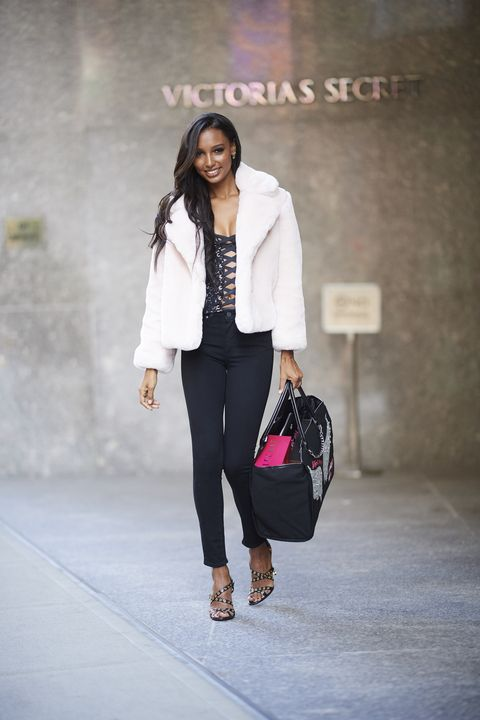 White, Clothing, Street fashion, Fashion, Pink, Blazer, Fashion model, Outerwear, Jeans, Footwear,