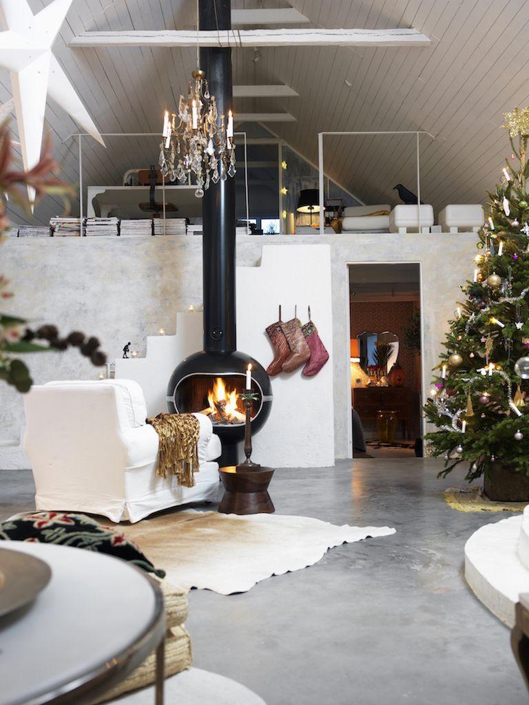 25 Stunning Christmas Living Rooms , Holiday Living Room